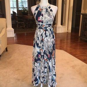 Zaful NWT maxi dress in size small